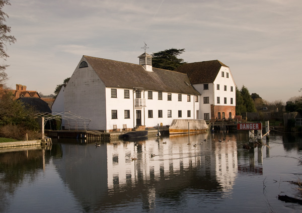 Hambledon Mill on the River Thames